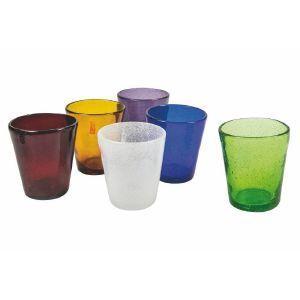 Glas med rak kant som är munblåsta och handgjorda i olika färger