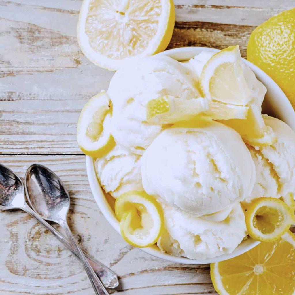 gör egen citronglass hemma med eller utan glassmaskin