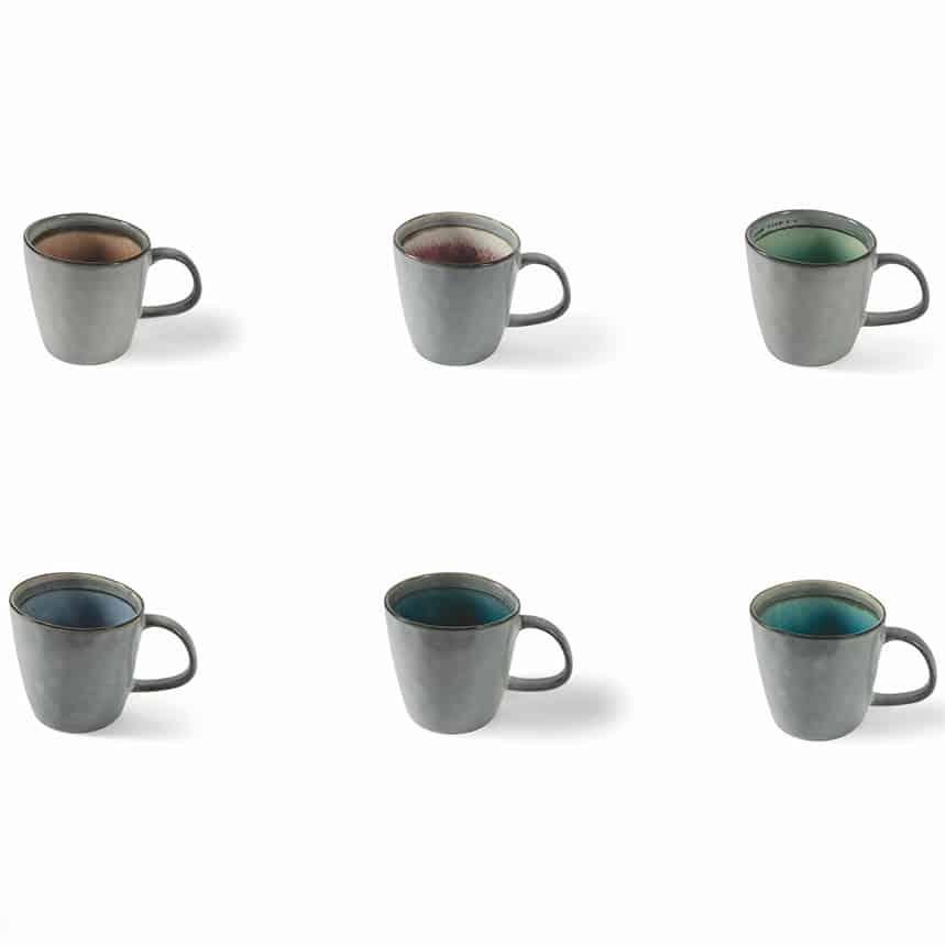 te kopp i blandade naturliga färger från italien