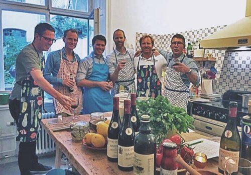 Fira den kommande brudgummen med svensexa på bästa sätt med italiensk matlagning i stockholm